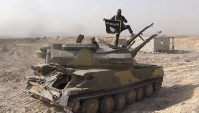 IDIS-ov borac na tenku