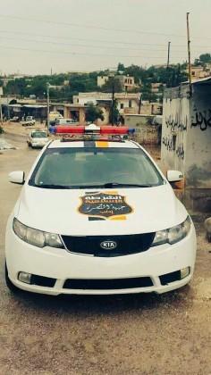 Policijsko vozilo Nusrine šerijatske policije koja djeluje pod upravom Šerijatskog suda u Idlibu