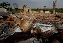 Vjekovna ognjišta Rohinga se pale do temelja i zatire se svaki trag o njihovom postojanju. Uništavaju se džamije i briše islamska historija Rohinga muslimana.