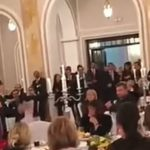 Ivica Dačić pjeva gostima