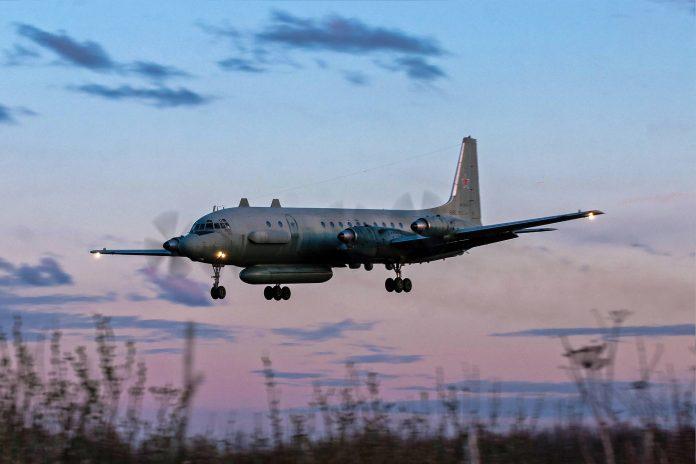 Ruski avion Iljušin 20 (ilustracija)